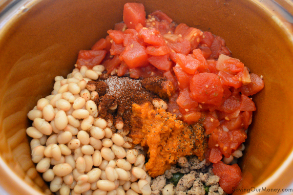 Ingredients for slow cooker pumpkin chili